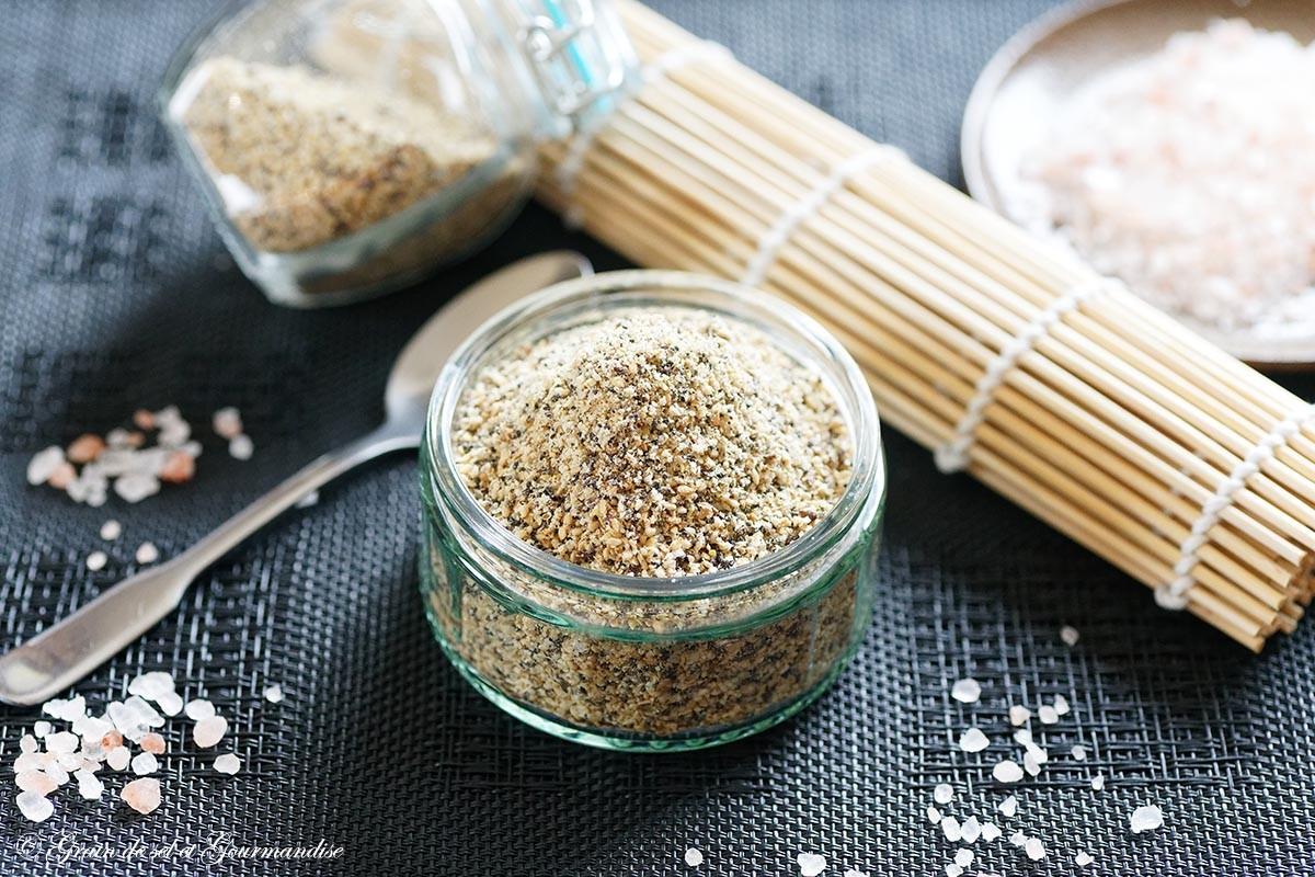 Gomasio aux graines de sésame, lin et pavot