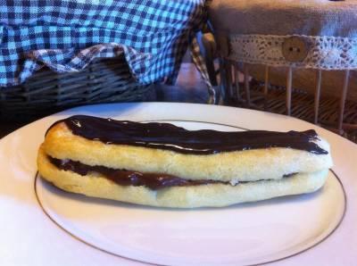 Eclair Au Chocolat